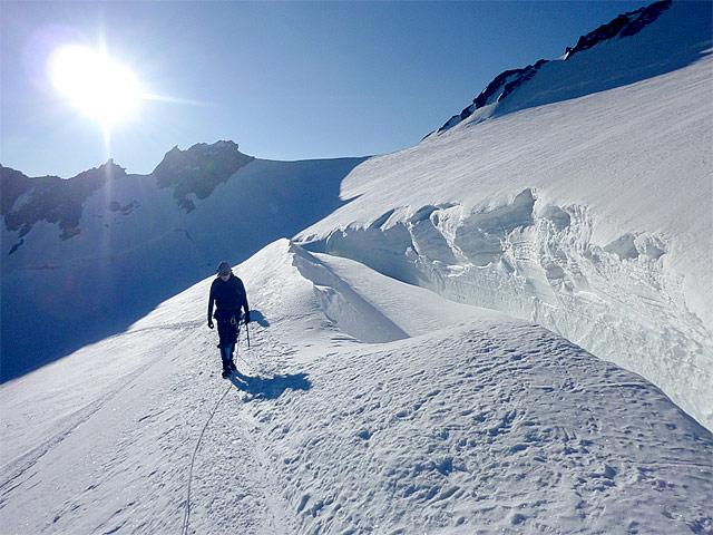 Curso autorrescate en glaciares - Formación técnica - Guías de montaña