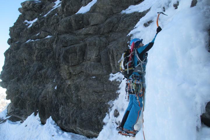 Escalada en hielo Goulotte Quintana-Pirineos