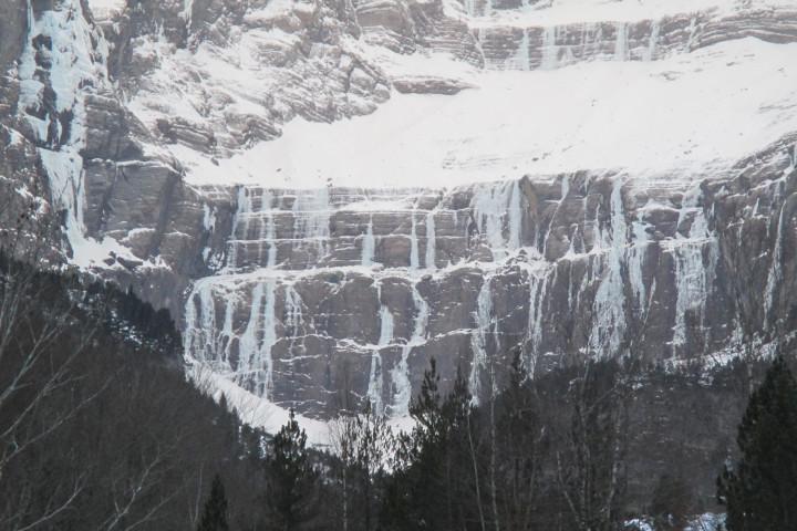 Escalada en hielo Gavarnie-Pirineos