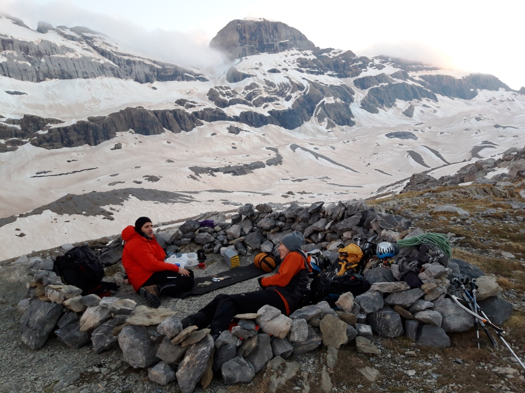 Alpinismo en Pirineos:Monte Perdido (3355 m)-Cara Norte Clasica