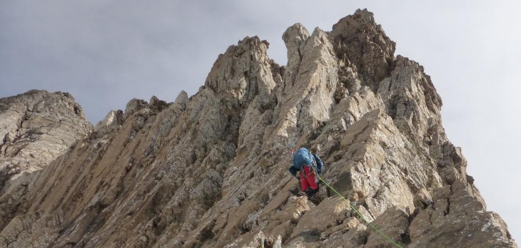Valle de Aragon: Pico Aspe-Arista de los Murcielagos (5º inf)