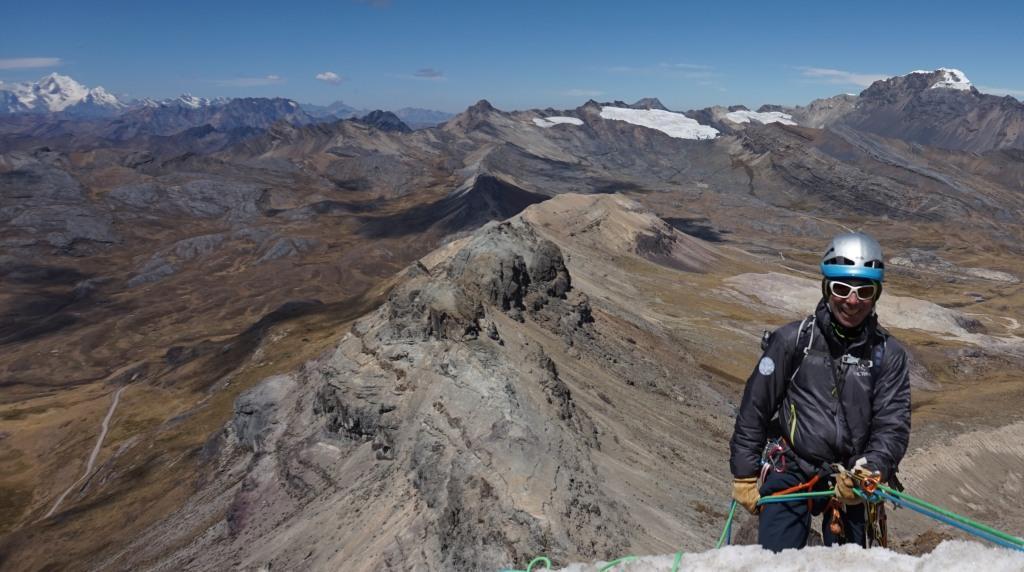 Cordillera Blanca: Nevado Huarapasca (5412 m,AD)